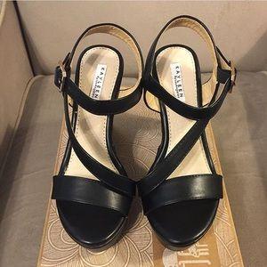 NWT ModCloth Wedge Sandals Sz 6